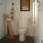 庭にあるトイレ