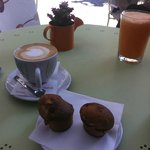 Carrot smoothie, Cappuccino, banana muffins