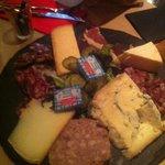 Assiette de charcuterie et de fromage