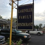 ‪Lakeville Family Restaurant‬