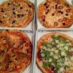 Ampia scelta di pizze! Una più buona dell'altra!!