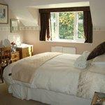Hillview2 Bedroom