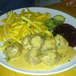Main - Traditional meatballs with cream sauce