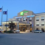 Photo de Holiday Inn Express Hotel & Suites Goodland