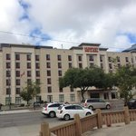 Humphry Inn & Suites
