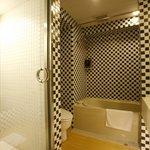 bathroom(delux twin)