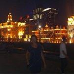 An evening stroll along the river & Zhongshan Road