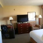 Room 905.  Clean and ample space for a business stay.