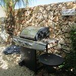 2 BBQ in de tropische tuin, die je zelf kan gebruiken