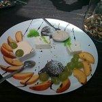 tris di dolci e frutta