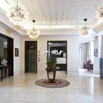 Foto de The Park City Grand Plaza Kensington Hotel