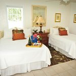 Island Paradise Cottages of Madeira Beach Foto