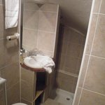 La cave salle de bain sympa non ?? :/