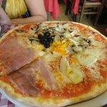 Buenisima pizza