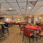 Sunburst Restaurant and Lounge