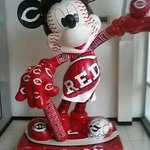 reds Mickey mouse in lobby