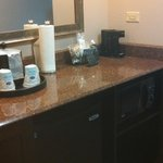 2nd Room 405 I think...ice bucket, tiny sink, coffee, popcorn, papertowels