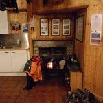 Loch Ossian Hostel - Kitchen & Dining Room