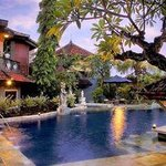 Putu Bali Villa and Spa Foto