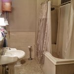 Ambassador White Suite Bathroom