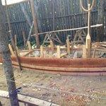 Présentation d'une fabrication de canot