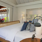 Naladhu Ocean House Bedroom