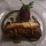 Saumon enroulé d'aubergines et sa purée de betteraves... Magique