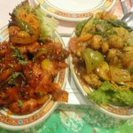 Chicken with garlic & chilli, prawns with vegetables