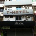 T Hotel Foto