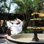 El Patio, dance presentation