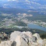 l'altopiano di Pine' e il lago Serraria dal Costalta