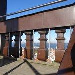 Geländer der Turmolattform