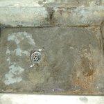 Lecker Waschbecken vor der ersten Benutzung