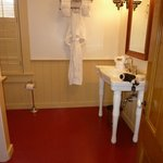 Old fashioned bathroom-spotless!