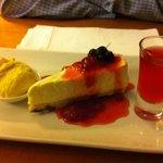 english cream tea cheesecake with a shot!