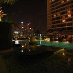Pool view on Marina Bay