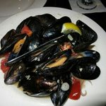 Mussel in white wine butter garlic sauce .. yuuuuuuummy