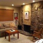 Studio living room w/fireplace