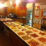 Buffet des viandes, poissons et légumes