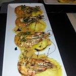 Les Gambas aux ravioles de crabe