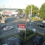 Georgetown Inn is situated on this busy intersection