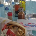 Chicken gyros pitta