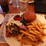 Hamburger con blue Cheese