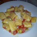 Paccheri zucchine pancetta e pecorino
