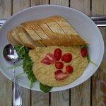 Warm Hummus ($7)