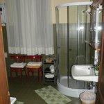 das Bad im 3-Bettzimmer