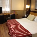 bedroom (1st night 55 EUR)
