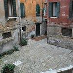 Ca' Amadi Courtyard
