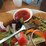 Fish cakes with thai dipping sauce and salad