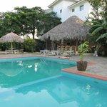 Pool & Breakfast Bar